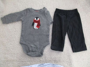 brand_carter's size_6 mos color_gray 2 PC ensemble