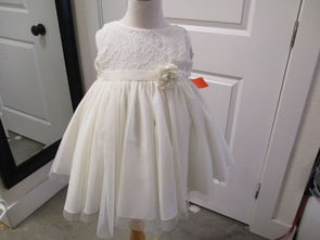 brand_ekroo size_4T color_white Dress
