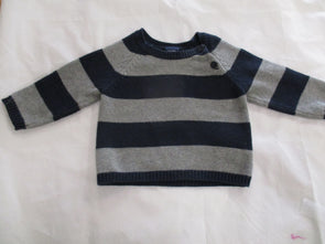 brand_gap size_3-6m color_gray Top