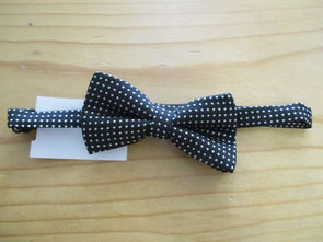 color_black Bowtie