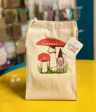 Load image into Gallery viewer, Lunch Bag - Gnome Under Mushrooms