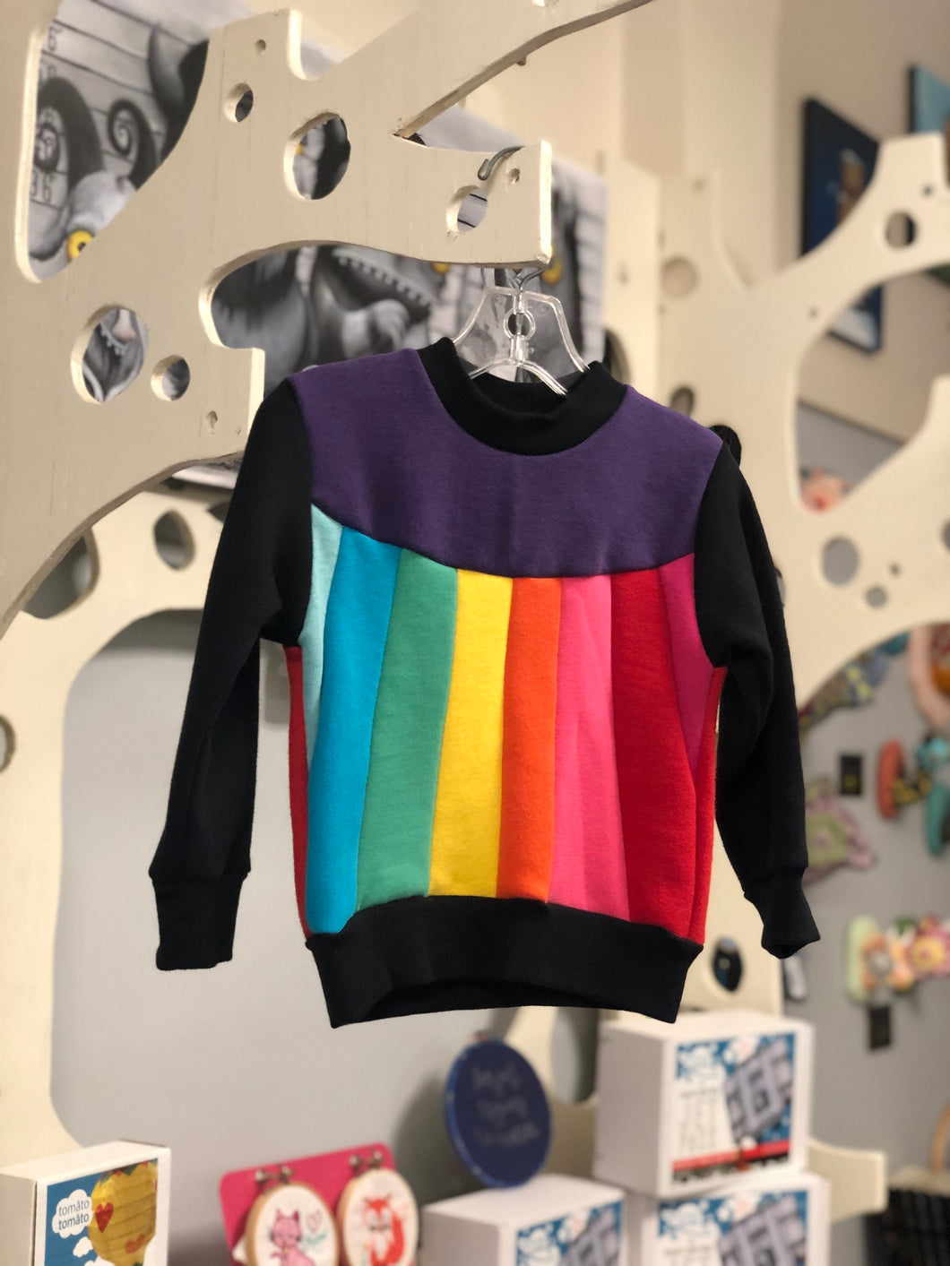 Sweatshirt - Rainbow Belly