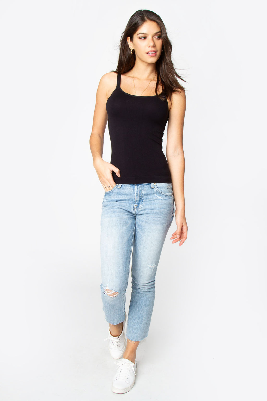 Robyn Scoop Neck Cami - Black - NIVE GIRL