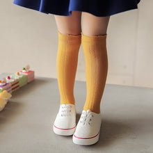 Load image into Gallery viewer, Ruffle Top Knee Socks