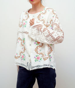 LA COLLECTIONNEUSE EMBROIDERED BLOUSE