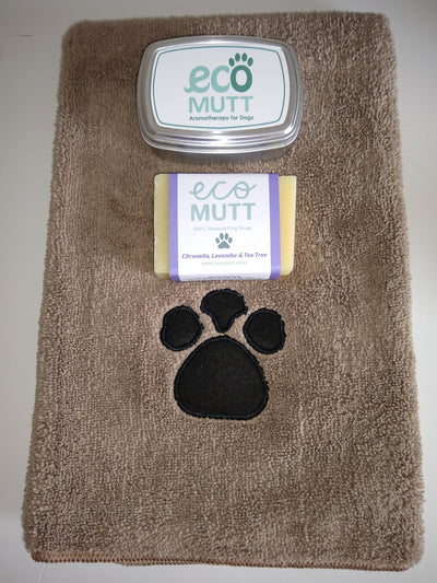 Dog Soap Bar, Soap Tin & Pet Towel - Citronella, Lavender & Tea Tree