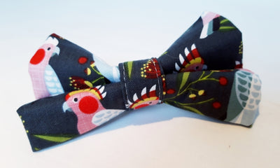 Pink Cockatoo Bow Tie for your dog