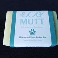 unscented shea butter soap bar. lashings of natural shea nut butter. perfect for super sensitive dogs that can't tolerate any form of chemicals or perfumes in their shampoo. shea butter is naturally moisturising and will sooth sore itchy skin. Handmade in Dublin Ireland. Eco Mutt produces a range of natural dog shampoo. 100% natural.