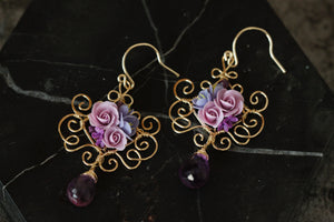 Video tutorial how to make wire wrapped earrings with polymer clay rose bouquet