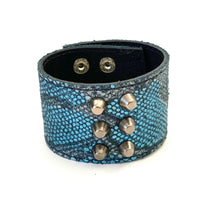 Load image into Gallery viewer, Blue MetallicLleather Cuff