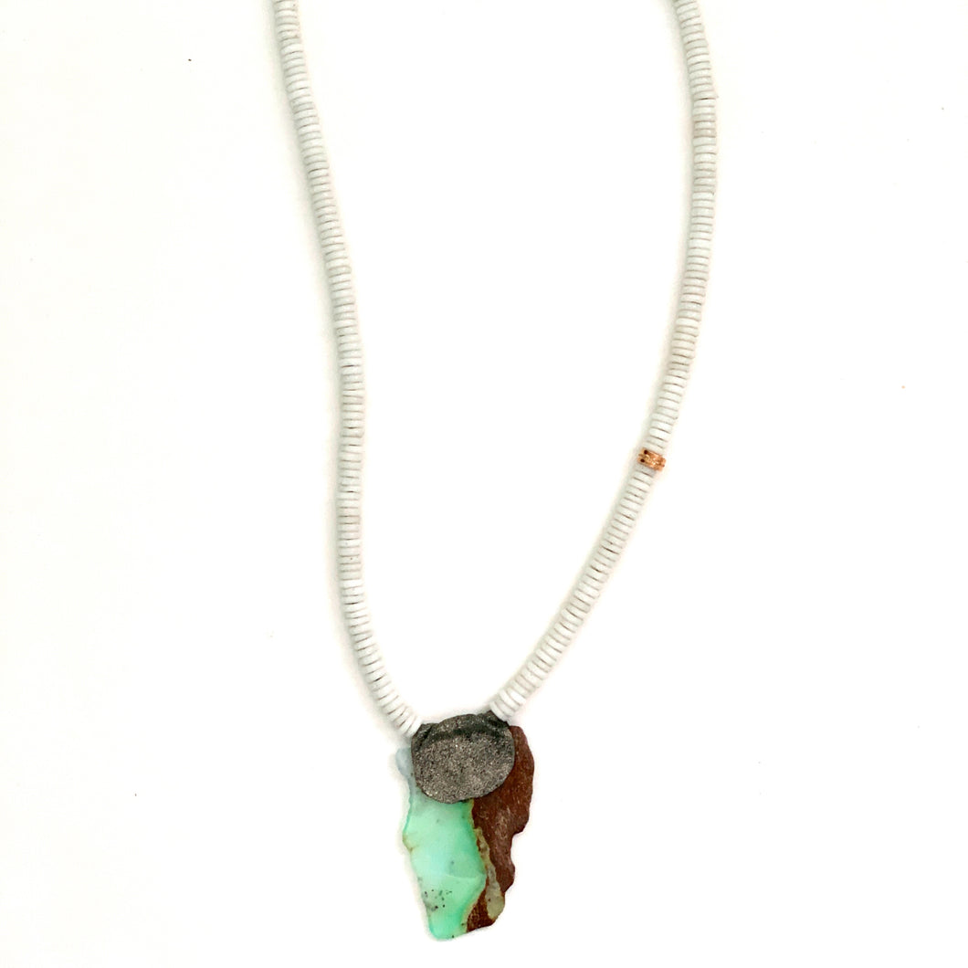 Chrysophase and Glass Beads Necklace