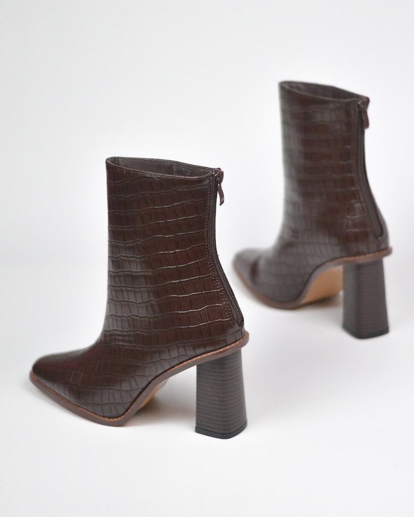 ALESHA - western ankle boots in brown snake print - QUANTICLO