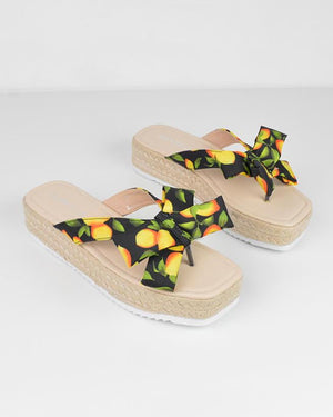 AVICE - sandals in lemon print - QUANTICLO