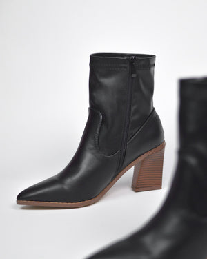 IVORY - western ankle boots in black pu