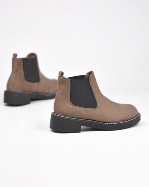 SORAYA - brown suede ankle boots