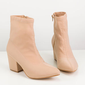 ALEX - pointed boots in nude - QUANTICLO