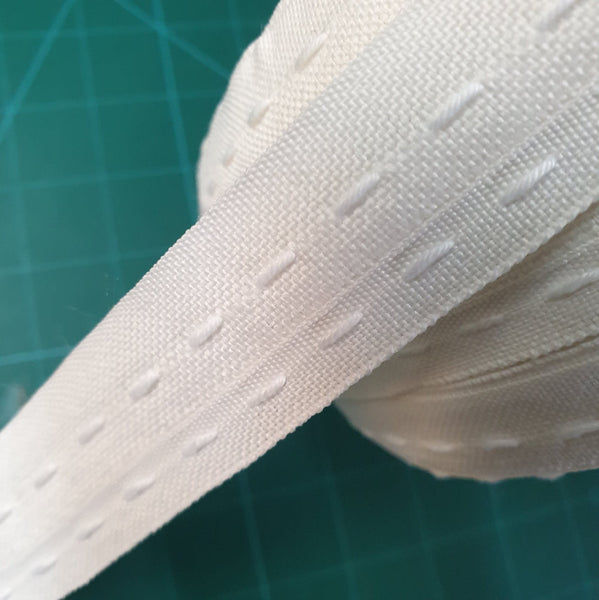 25mm POLY-COTTON FLANGE CURTAIN TAPE CT25FL - ThreadandTrimmings