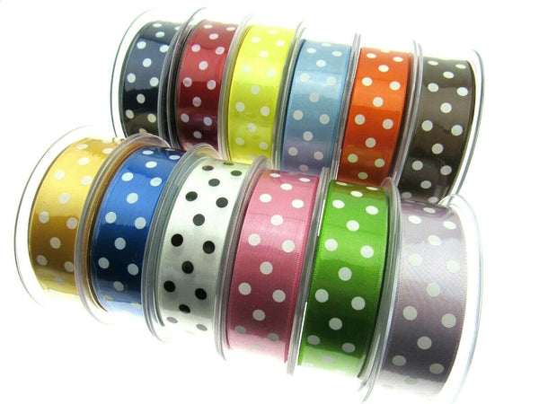 ** 25mm BERISFORDS ESSENTIALS POLKA DOT SATIN RIBBON - ThreadandTrimmings