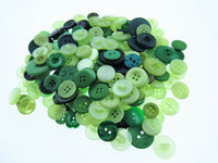** Mixed Green Buttons -  Red/Green Craft Buttons - 1 Kilo Bag - ThreadandTrimmings