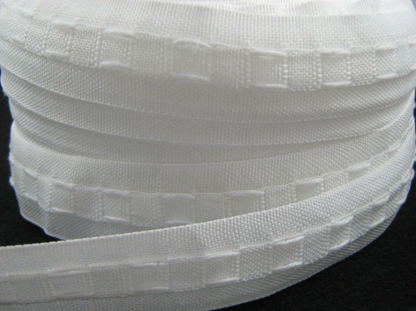 "WHOLE ROLL 25mm POLYESTER WORKROOM CURTAIN TAPE / 1"" / ONE INCH LINING TAPE - ThreadandTrimmings"