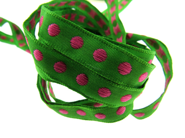 5m x NARROW WOVEN RIBBON with SPOT DESIGN - 10MM - ThreadandTrimmings