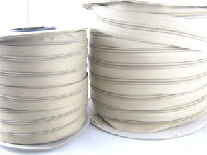 100m Beige Continuous No 5 Weight Nylon Zip Chain