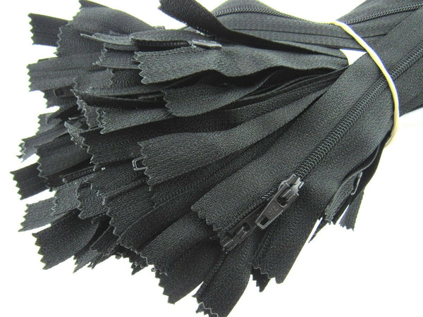 "4"", 5"" & 9"" - Nylon Closed End Zips - (Black & White Only) - ThreadandTrimmings"