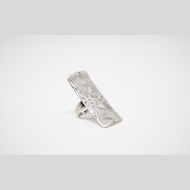 Tribal Bar Ring - Elegant-Heritage-Finds