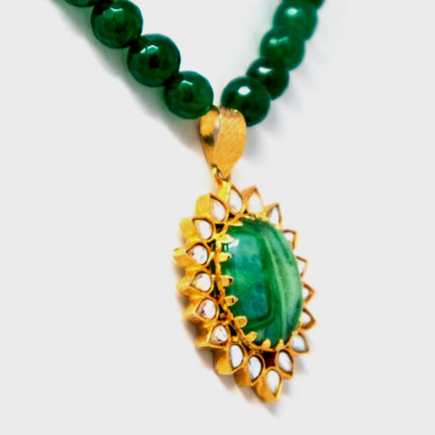 Olive Green Glass Necklace In Kundan Setting - Elegant Heritage Finds