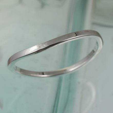 Wavy Square Tubular Silver Bangle
