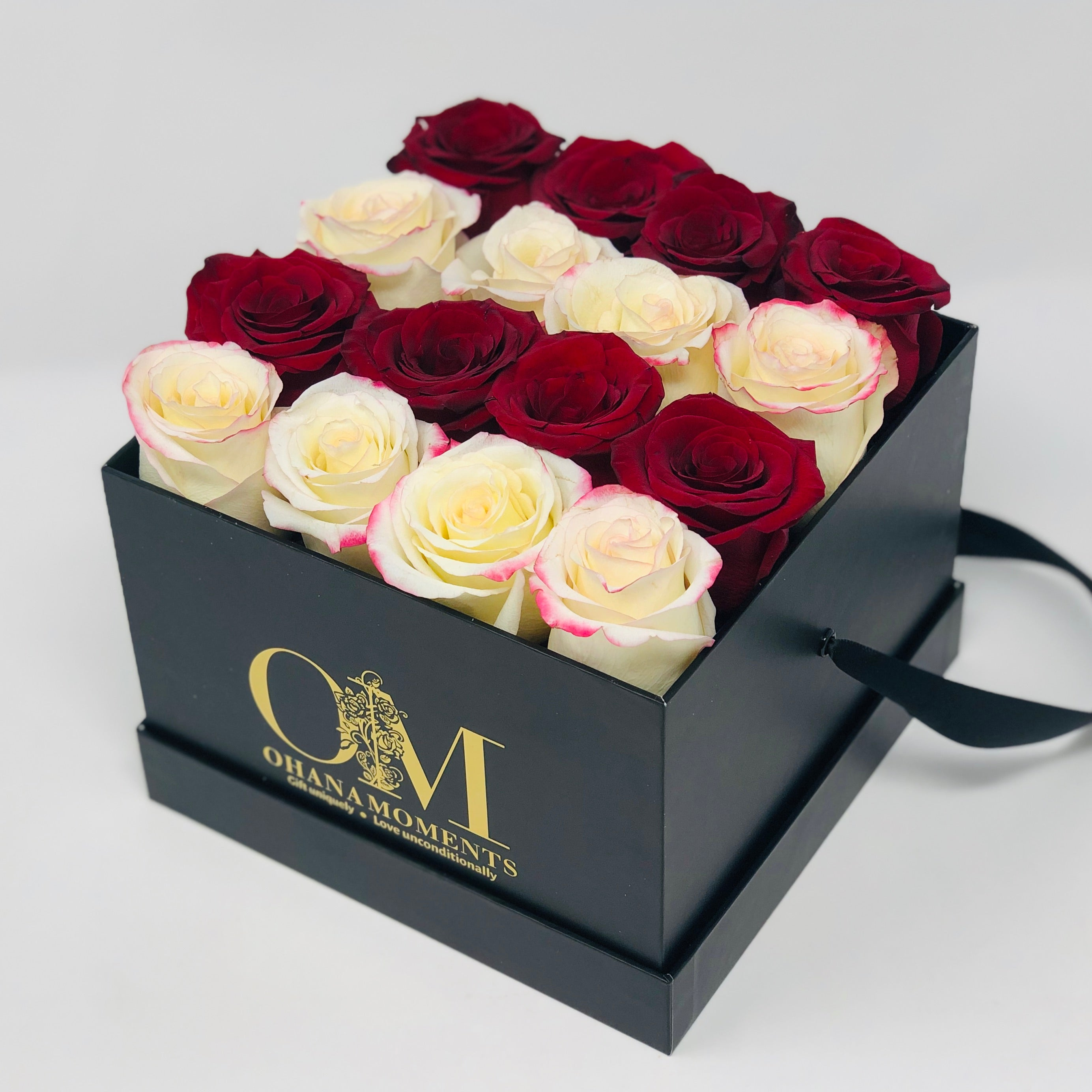 The Mia - Medium - Stripe (16 roses)