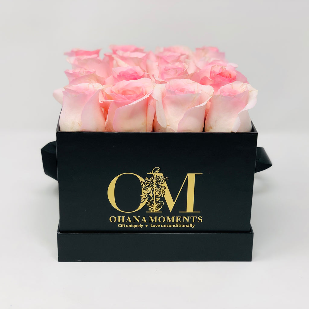 The Mia Forever Rose Box - Medium - Solid (16 roses)