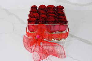 Modern Rose Box with preserved roses that last for years with red roses
