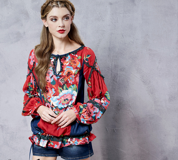 ARTKA RED FLORAL PRINT BLOUSE WITH DENIM SIDE DETAIL - boopdo