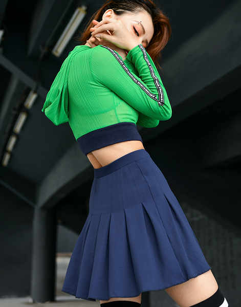 MIP MINI TENNIS SKIRT WITH MESH CROPPED HOODIE IN GREEN
