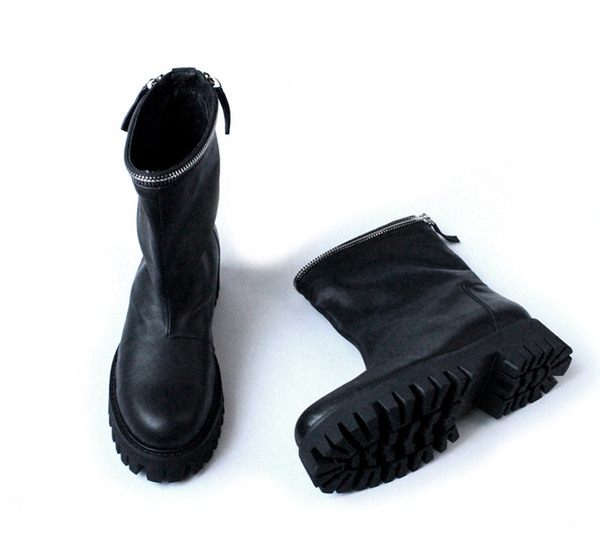 JINIWU VANGUARD HANDMADE MATTE OIL WAX LEATHER BOOTS IN BLACK