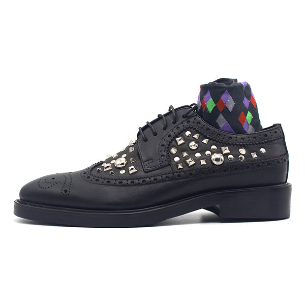 JINIWU VANGUARD SHELL RIVET BROCK LACE UP HANDMADE SHOES IN BLACK - boopdo