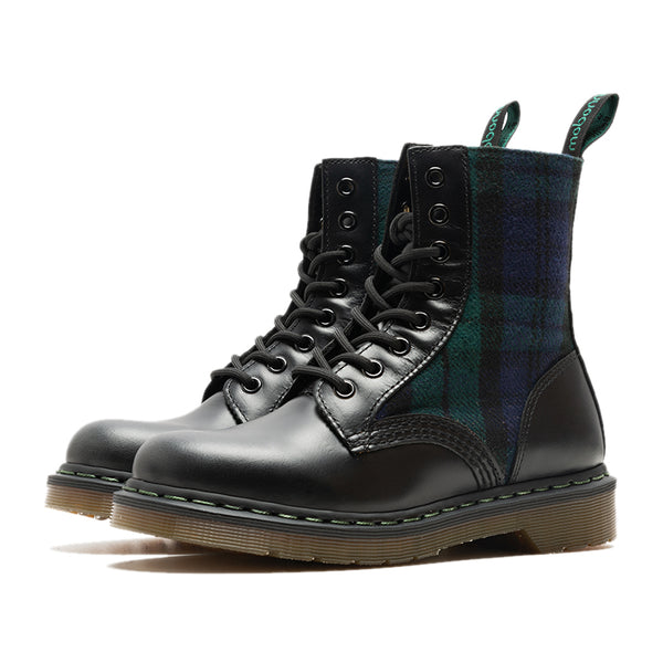 MOBONNIE QUEEN STUDIO HANDCRAFT 8 HOLE HIGH TOP PLAID WOMEN BOOTS