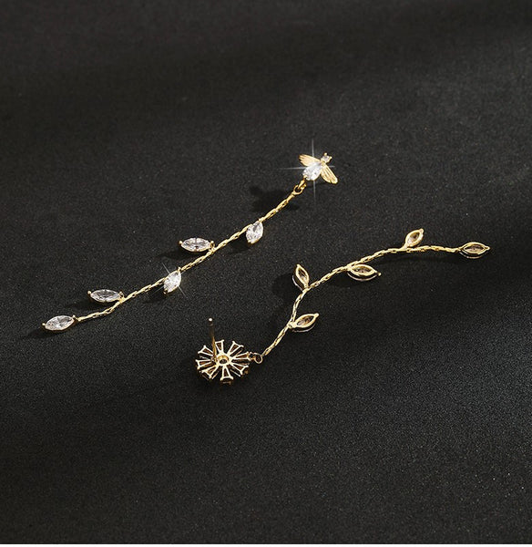 UZL DESIGN CRYSTAL FLOWER AND LEAF DROP IN GOLD PLATED - boopdo
