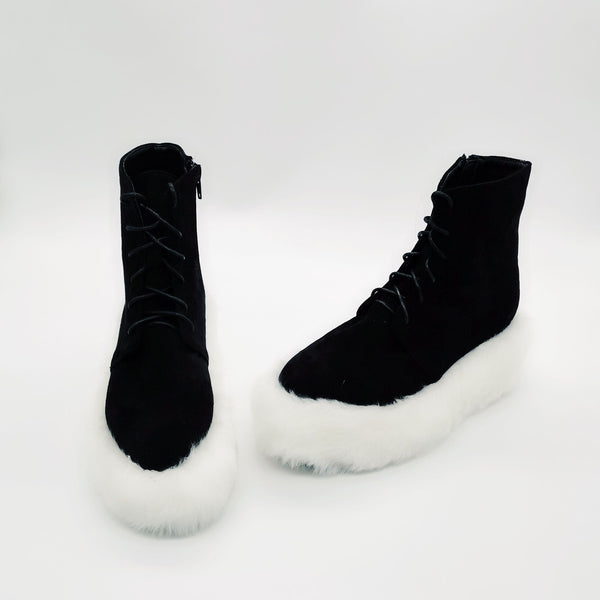 MOMO GOTHIC BRITISH STYLE FURRY CHUNKY SOLE BOOTS IN BLACK WHITE - boopdo