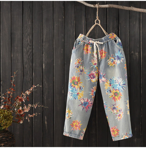 AUTUMN DENIM CROPPED TROUSER IN FLORAL PRINT