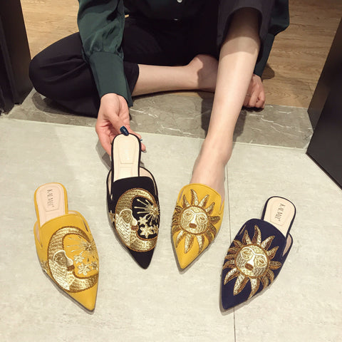BOOPDO DESIGN BACKLESS LOAFERS WITH GOLD EMBROIDERY