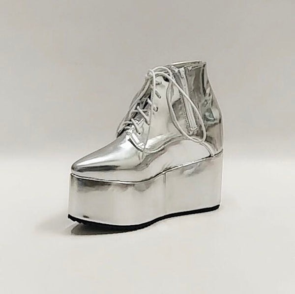 MOMO GOTHIC JAPANESE STYLE PLATFORM POINTED TOE METALLIC ROCK BOOTS - boopdo
