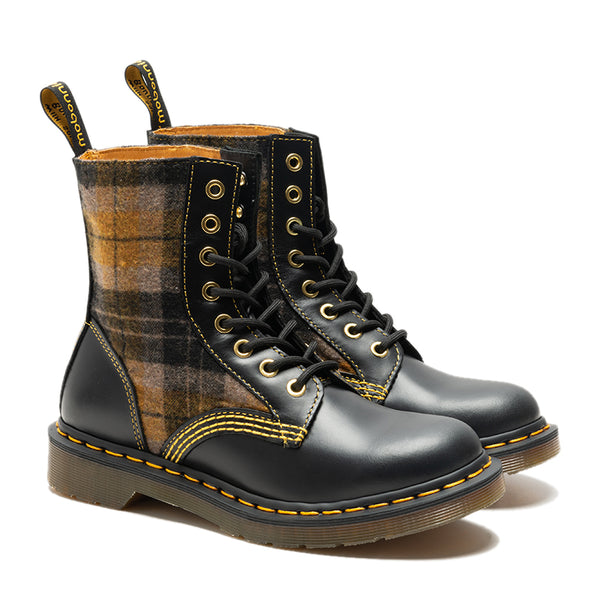 MOBONNIE QUEEN STUDIO HANDCRAFT 8 HOLE HIGH TOP PLAID WOMEN BOOTS - boopdo