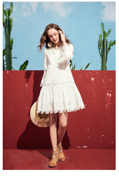 ARTKA LACE INSERT SMOCK DRESS IN WHITE - boopdo