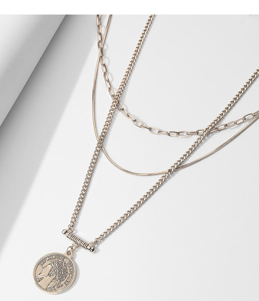 UZL DESIGN MULTIROW NECKLACE WITH COIN PENDANT IN GOLD PLATE - boopdo