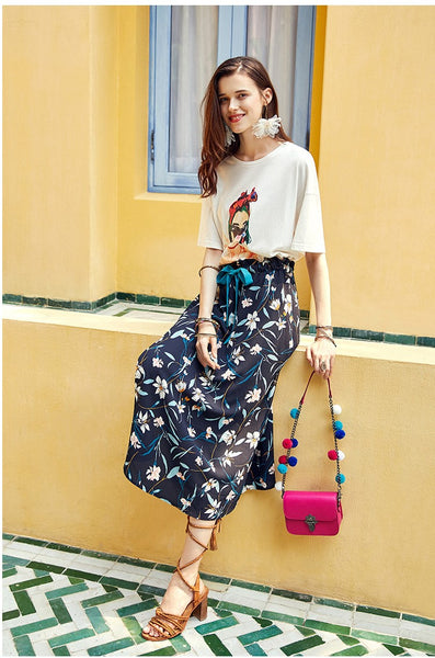 ARTKA MIDI TEA SKIRT IN BLACK FLORAL PRINT - boopdo