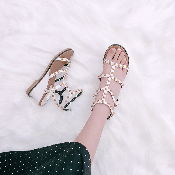 BOOPDO DESIGN WEDGE SANDALS WITH STUD DETAIL - boopdo