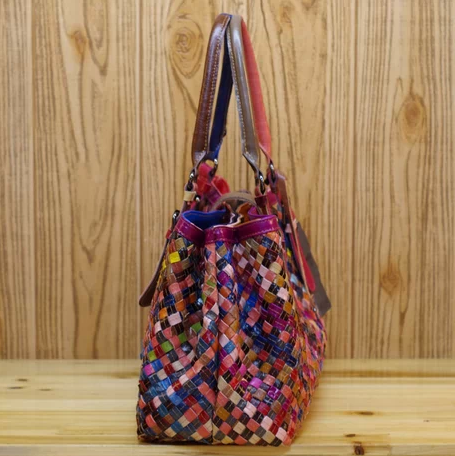 THE WOMANTIME CAERLI WOVEN SHEEPSKIN HANDBAG IN MULTI COLOR