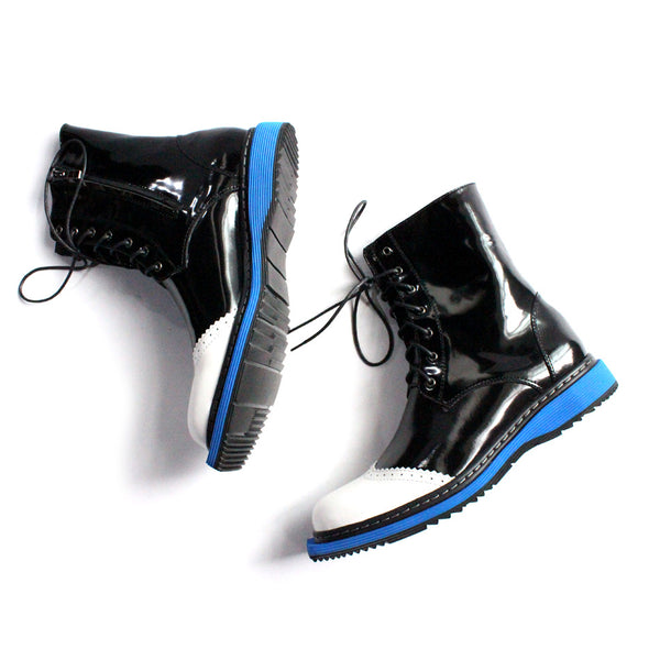 JINIWU VANGUARD HANDMADE BLUE BOTTOM LACE UP LEATHER BOOTS IN BLACK - boopdo